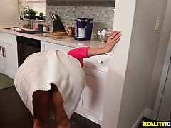 Horny woman seduced a very handsome guy and was eager to suc...