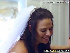 Озабоченная невеста трахнулась с другом мужа на свадьбе...