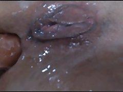 Мамка с рабочей жопой согласилась на анальный секс на веб камеру