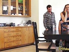 Шанель Престон поимели сзади в столовой пока она не начала кричать от удовольствия