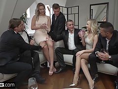 Vinna and Nikky are having group sex with horny guys and enj...