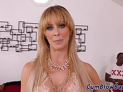 Seductive blonde milf with big tits and blue eyes is kneelin...