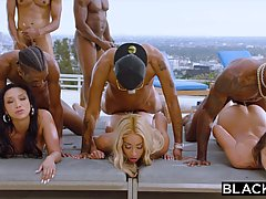 Teanna Trump, Adriana Chechik and Vicki Chase are orgying du...
