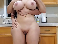 Big ass housewife with massive milk jugs is having casual se...