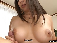 Busty Japanese woman likes the way her lover is eating her p...