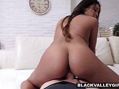 Charming, ebony gal with big boobs, Nia Nacci sucked dick an...