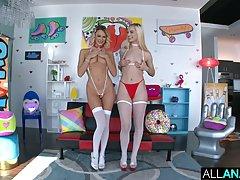 Две блондинки в чулках подставляют попки для анального секса...