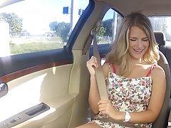 Попастая пассажирка с механиком наслаждается хардкор сексом в машине и гараже