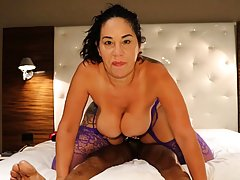 Big titted brunette, Queen Rogue met up with Coach Cardher a...