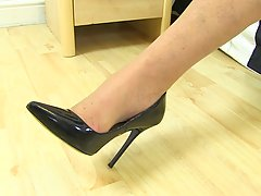 Mature blonde with big tits, Amy is moaning from pleasure wh...