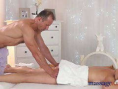 Sensual blonde milf got a nice massage that was mixed with casual sex, until she came