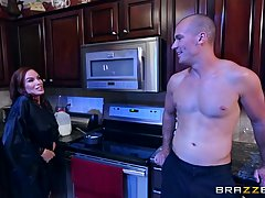 Handsome guy likes to fuck Diamond Foxxx in her kitchen, very late, during the night