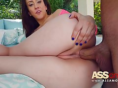 Mandy Muse is putting her fingers in her tight ass and prepa...